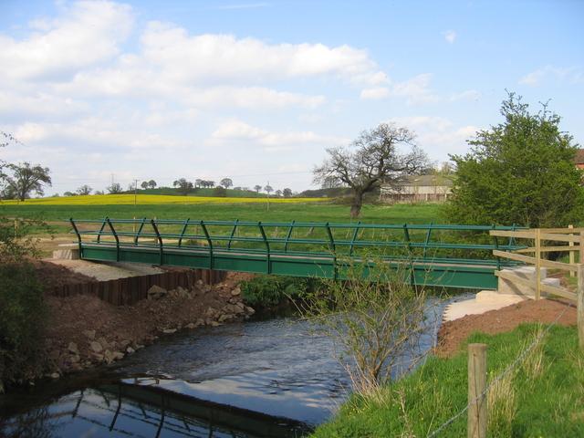 New footbridge at Lower Spernall Farm