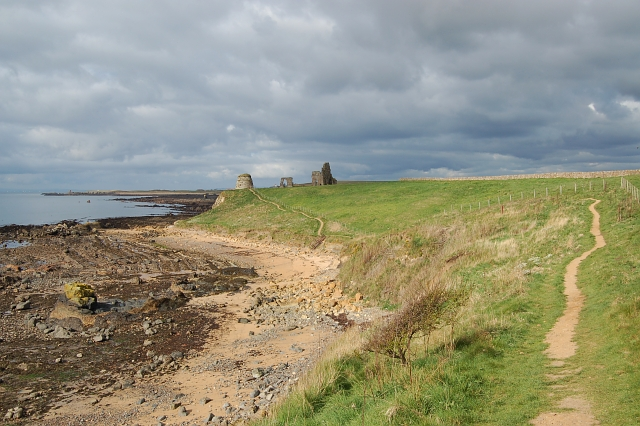 Fife Coastal Path by St Monans