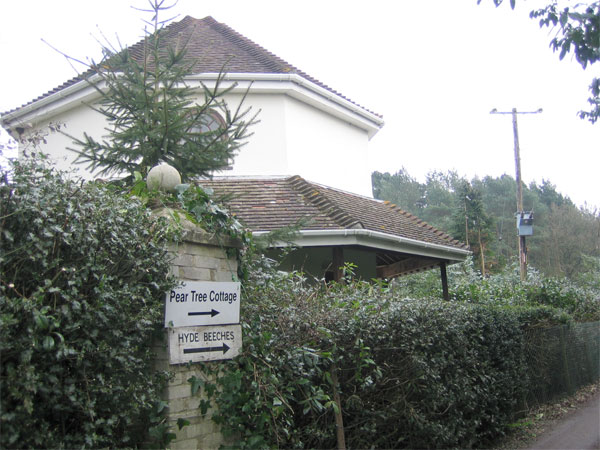 Bere Lodge, Lower Hyde Heath