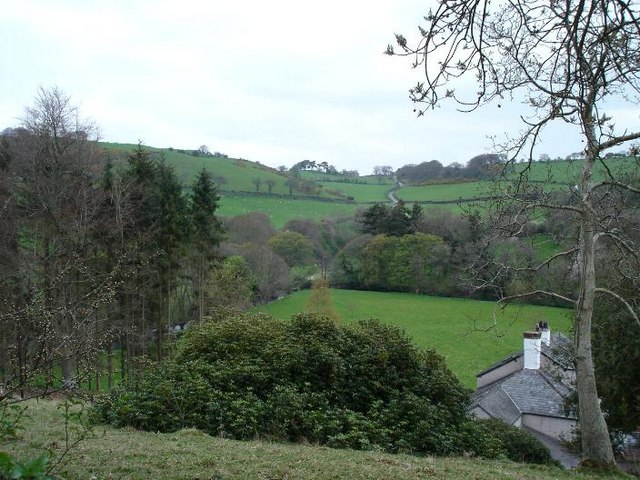Up the valley from Bryn Aled