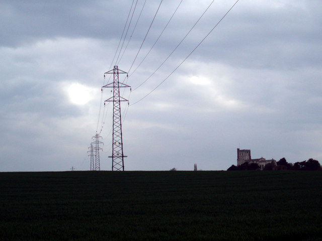 Pylons at Edlesborough