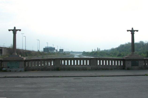 View from Portsea Bridge