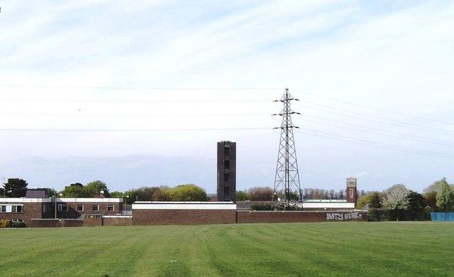 Towers and pylon, Southend-on-Sea