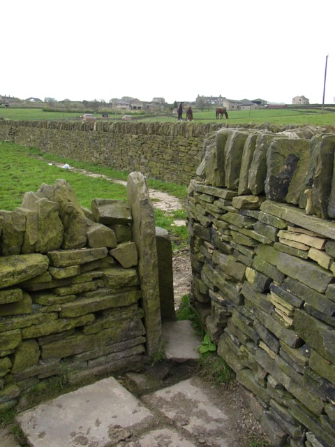 Stile and flagged path, Southowram
