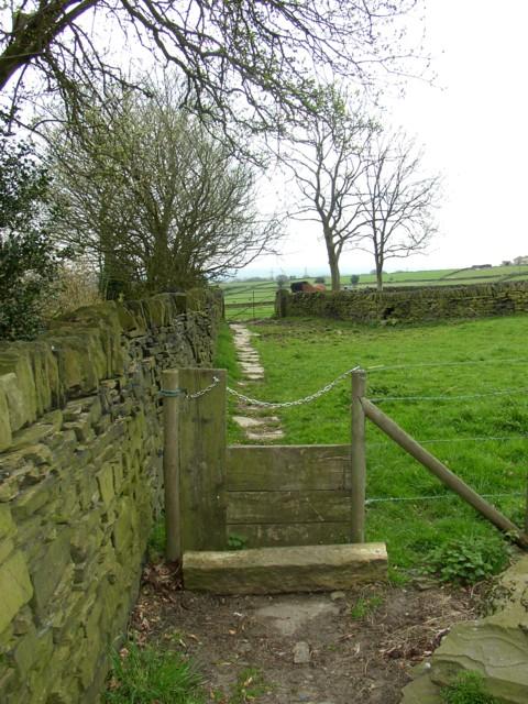 Stile and footpath, Marsh Farm,Southowram