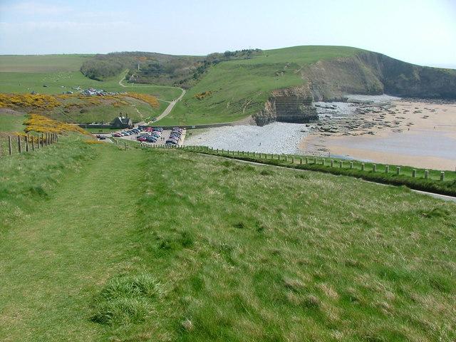 Descending towards Dunraven Bay