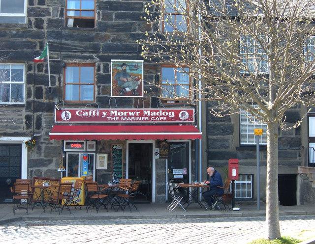 Quayside cafe, Porthmadog