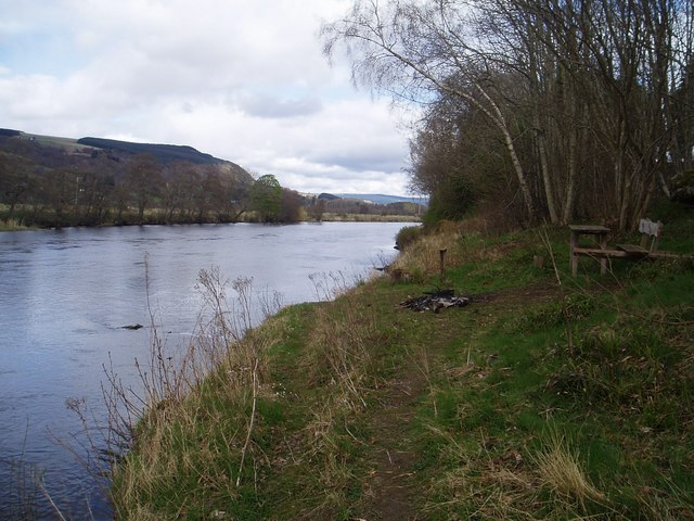 The River Tay by Duntuim