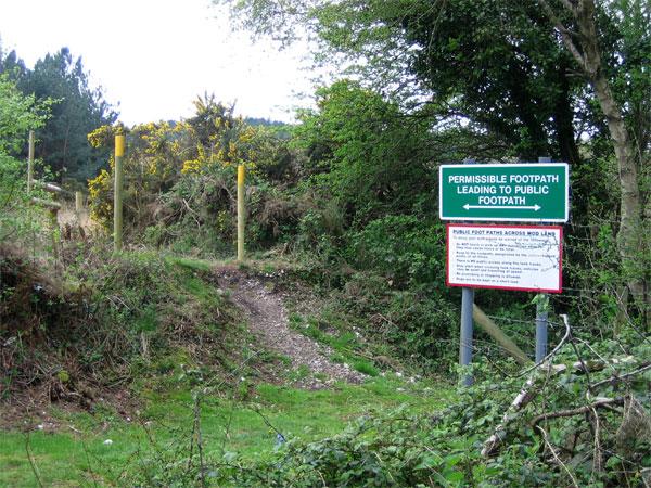 MOD footpath, Chamberlayne's Heath