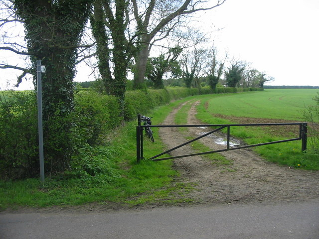 Open Farmland near Milton Park