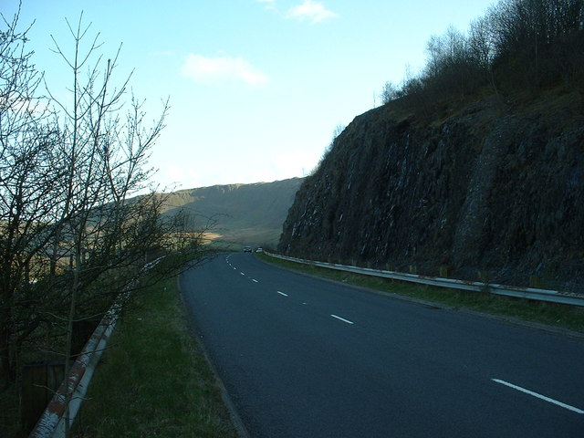 Crags on A685