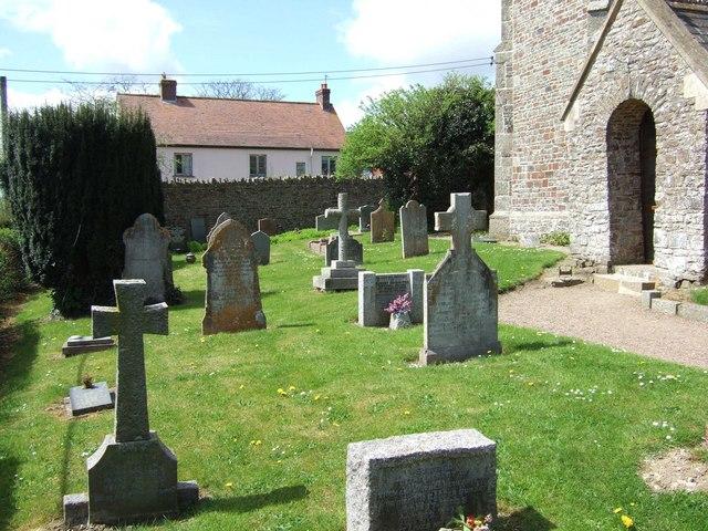 Nymet Rowland churchyard