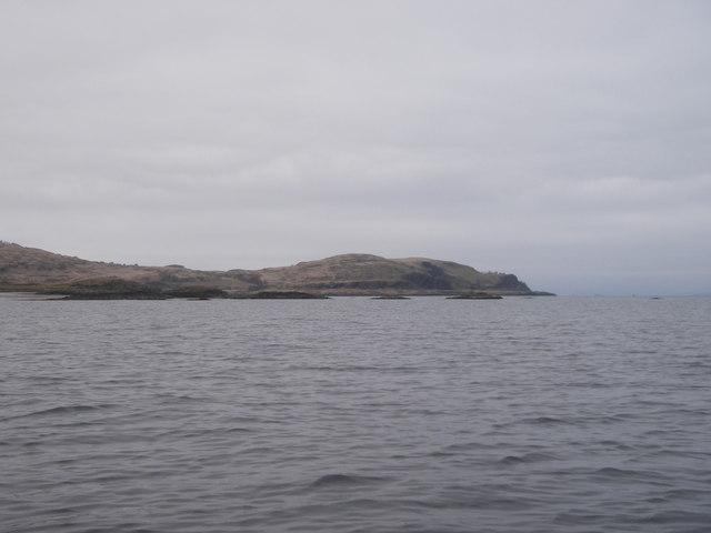 Skerries off Port nan Crullach, Mull