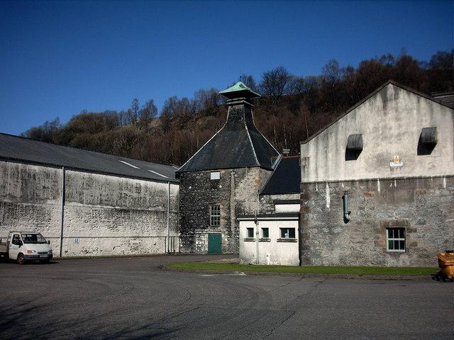 Glendullan Distillery, Dufftown