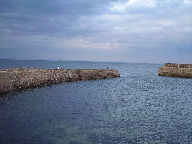 Entrance to Cockenzie Harbour
