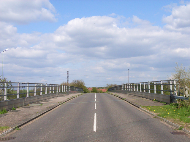 Motorway bridge at Hedgerley Green