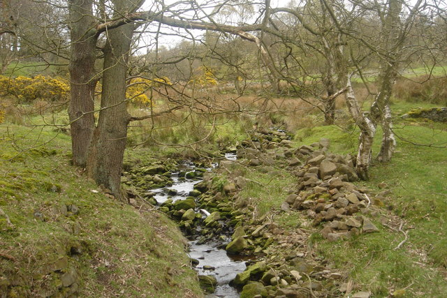 Brook running into  Rake Brook reservoir