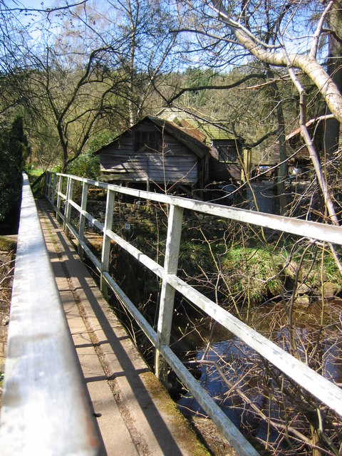 Footbridge - New Wath Farm