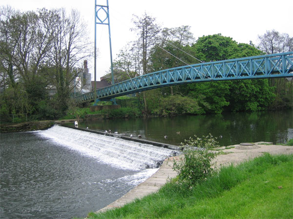 Bridge and weir over the Stour, Blandford Forum