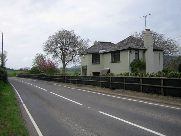 Toll house on A357