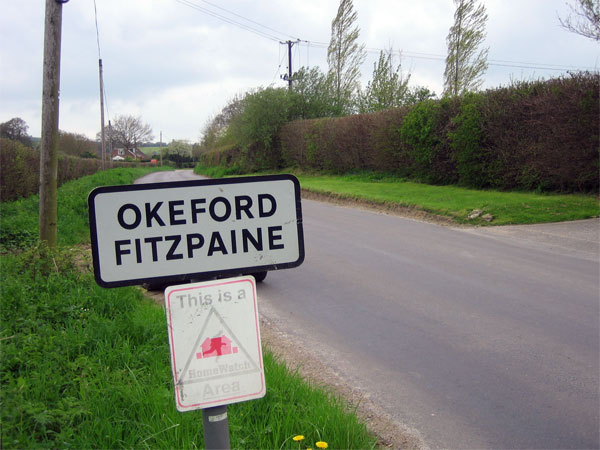 Entrance to Okeford Fitzpaine