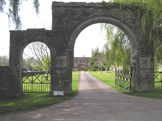 Outer Gate Arch, Cothelstone Manor