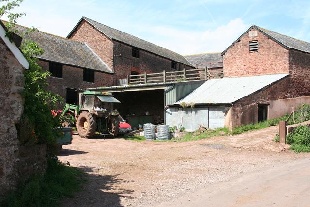 Halse: barns at Northway Farm