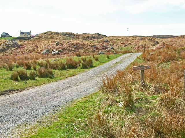 Farm road to Cairnerzean