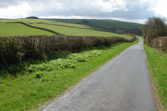 Country Road to Kerry Hill