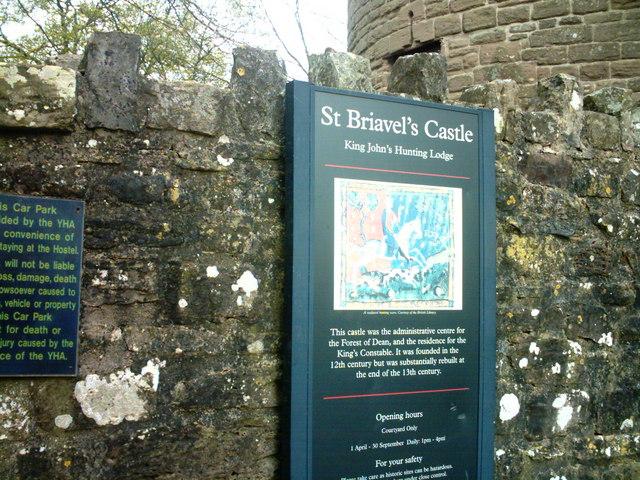St Briavels Entrance Sign