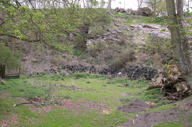 Disused quarry in Walcot Park