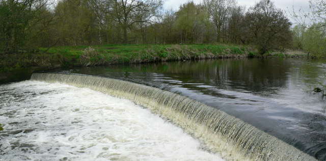Weir on the River Aire, Kirkstall