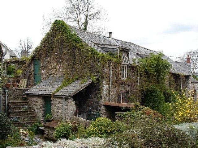 Llanrhaeadr cottage