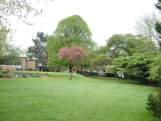 Grounds of Blandford School at Milldown