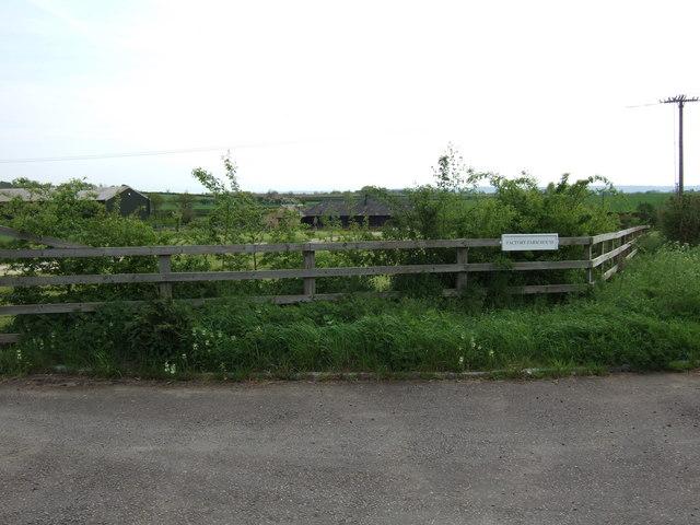 Factory Farm House, Shabbington