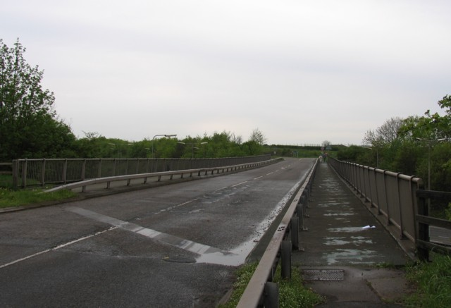 Bridge over M1 looking towards junction with A453