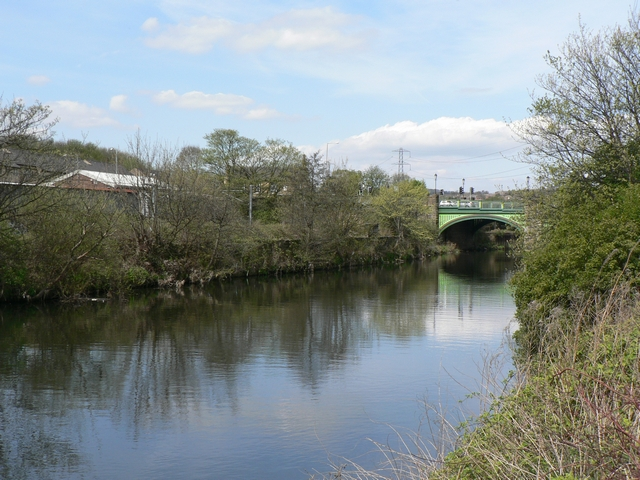 River Aire, Kirkstall