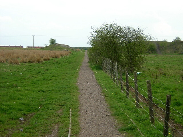 Footpath to Threepwood Bank