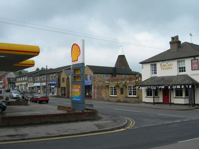 Station Road, Longfield