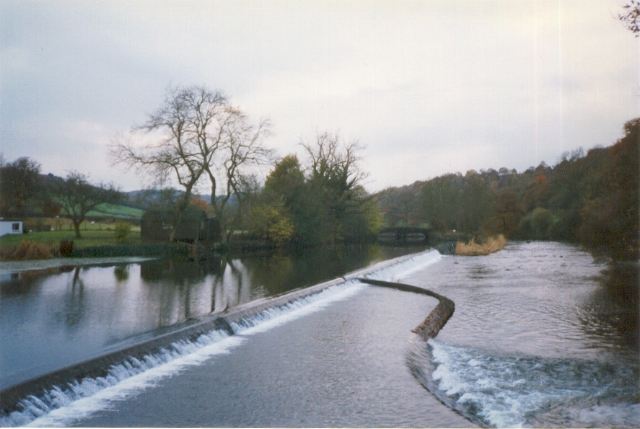 Weir on River Leven at Newby Bridge