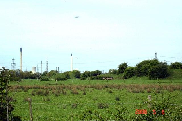Dunham-on-the-Hill - earthworks from Rake Lane