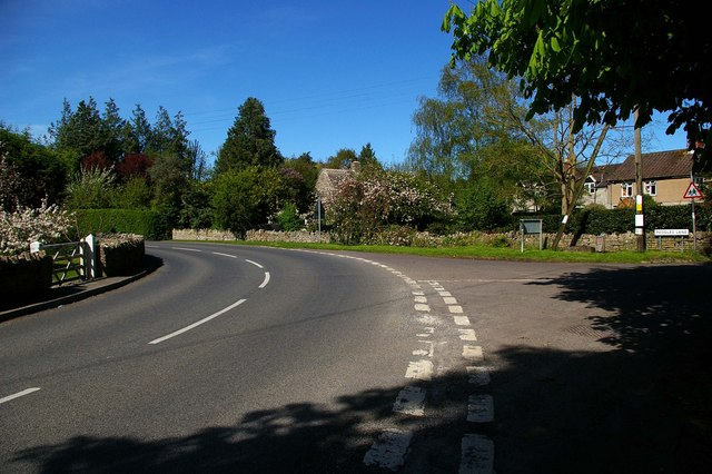 Peddles Lane and Kingweston Rd