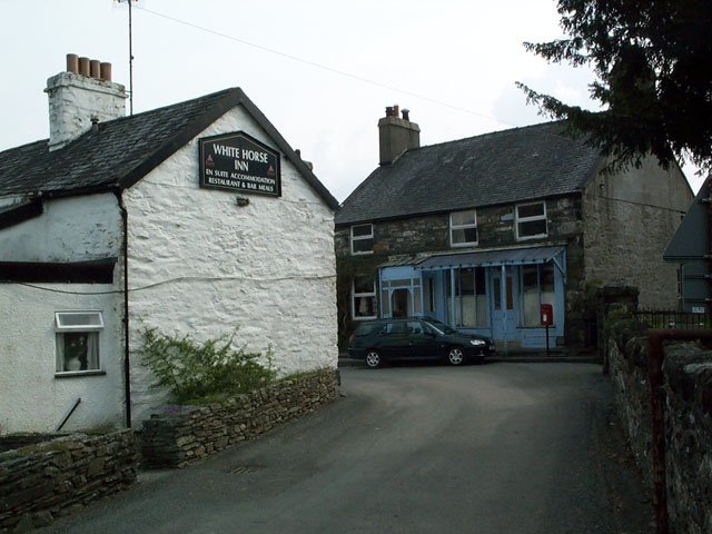 Inn and old Post Office, Capel Garmon