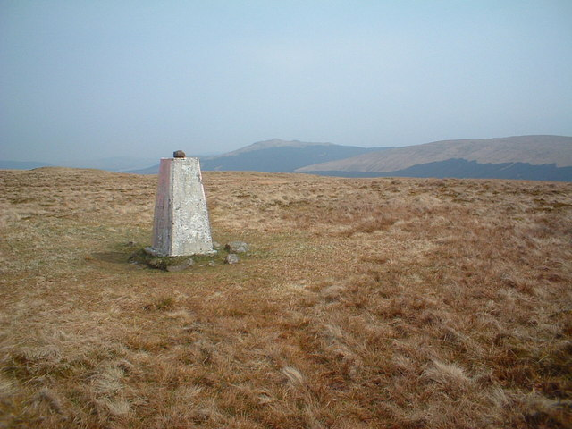Holehead trig point, Meikle Bin in the background