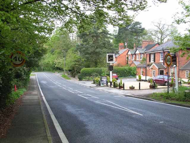 Chertsey Road, Windlesham