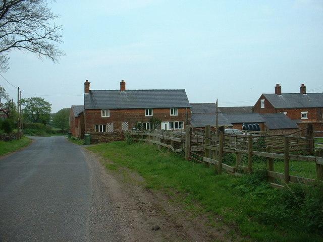 Cottages near Cotebrook