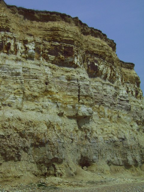 Bulverhythe cliff face