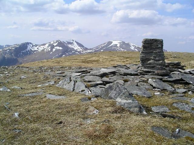 Summit cairn, Creag Rainich