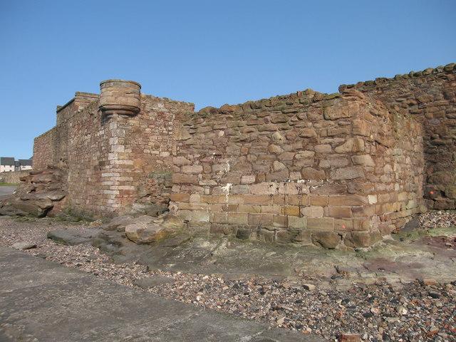Sea Wall, Prestonpans