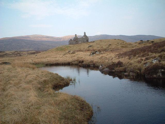 Lubnaclach ruin